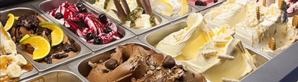 ijsje eten bij Willem de Pannenkoekenkoning